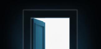 दरवाजा खुला है